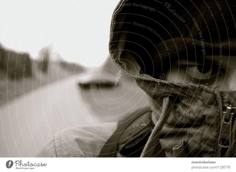 Im Blick schwarz Auge dunkel Traurigkeit Angst geschlossen Trauer Wut böse Ärger Entschlossenheit zielstrebig