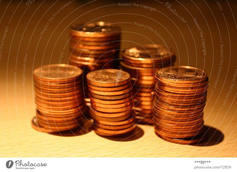 Geld stinkt nicht! Geldmünzen Cent bezahlen leasen Schulden Europa Bronze Prägung kupfer