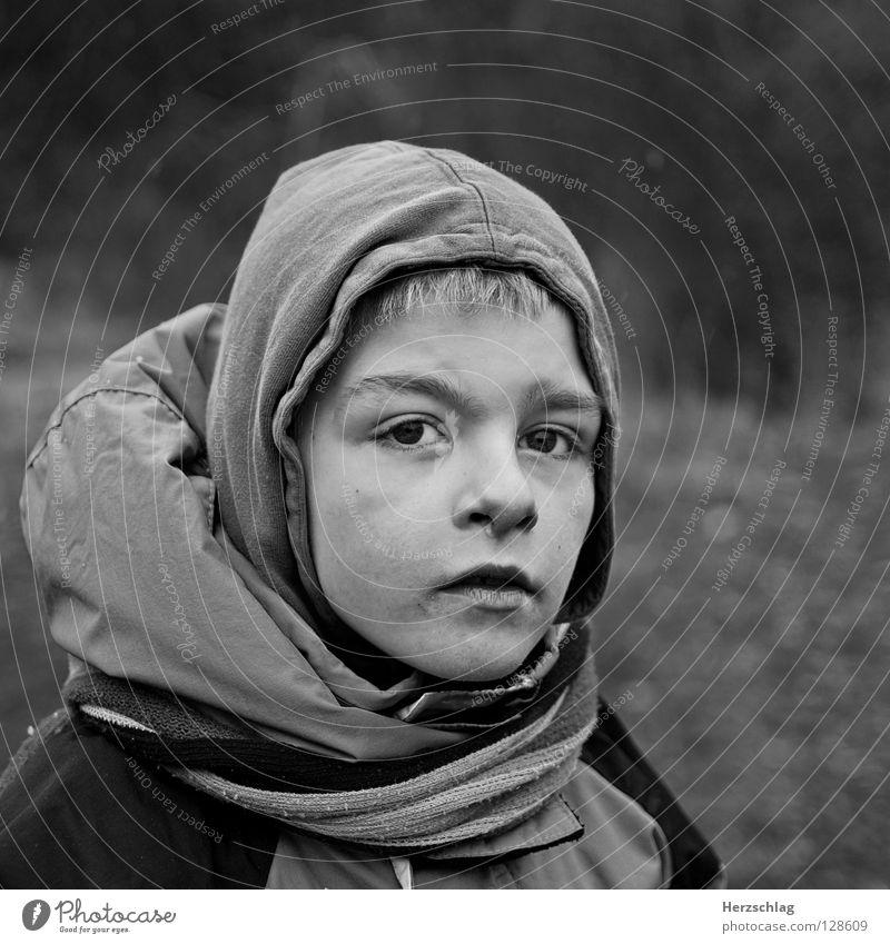 Our Future schwarz weiß Porträt Kind Zukunft Hoffnung Kontrast Junge Child Freude Angst