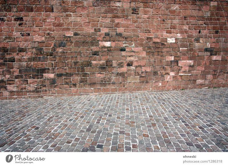 The Wall Altstadt Bauwerk Mauer Wand Fassade Straße Wege & Pfade Backstein Backsteinwand Stein historisch Hintergrundbild Farbfoto Außenaufnahme abstrakt Muster