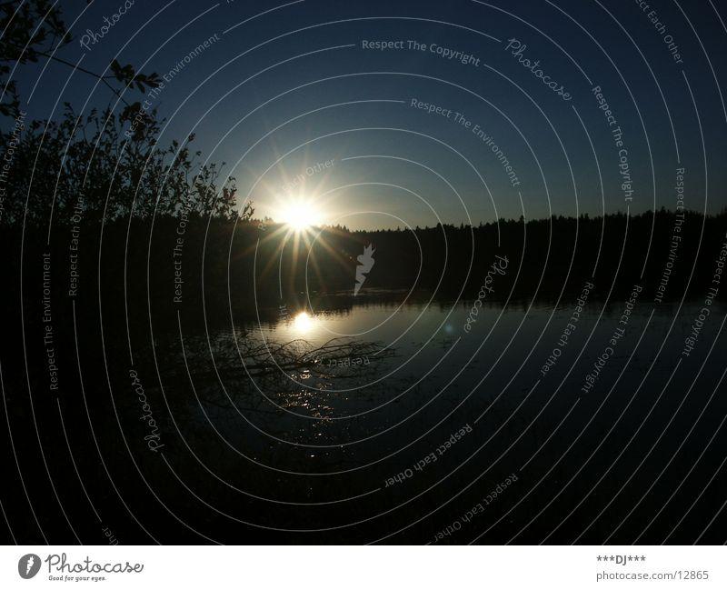 Gute Nacht, John-Boy! Sonnenuntergang Teich See Baum Sträucher Reflexion & Spiegelung ruhig Einsamkeit Wasser Schatten Himmel Klarheit