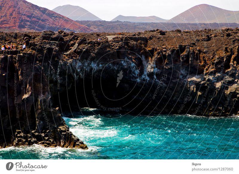 Menschen Küste Stein vulkanischen Spanien Natur Ferien & Urlaub & Reisen blau Sommer Meer Erholung Landschaft Wolken Strand gelb Sand Felsen Tourismus dreckig