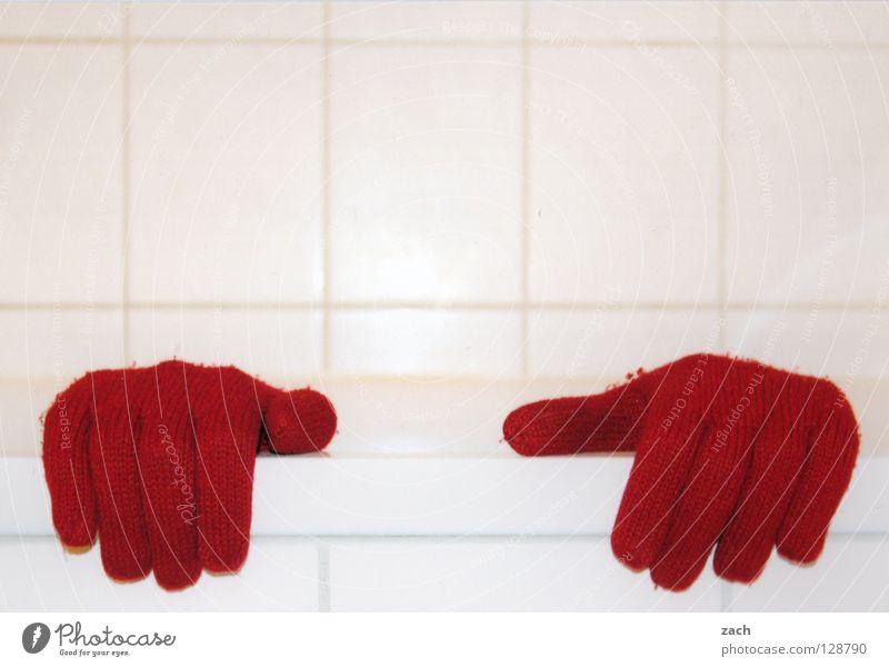 Rothändle Hand weiß rot Winter Schnee Finger Bekleidung Bad Schwimmen & Baden Toilette Dusche (Installation) Badewanne fließen Daumen Handschuhe