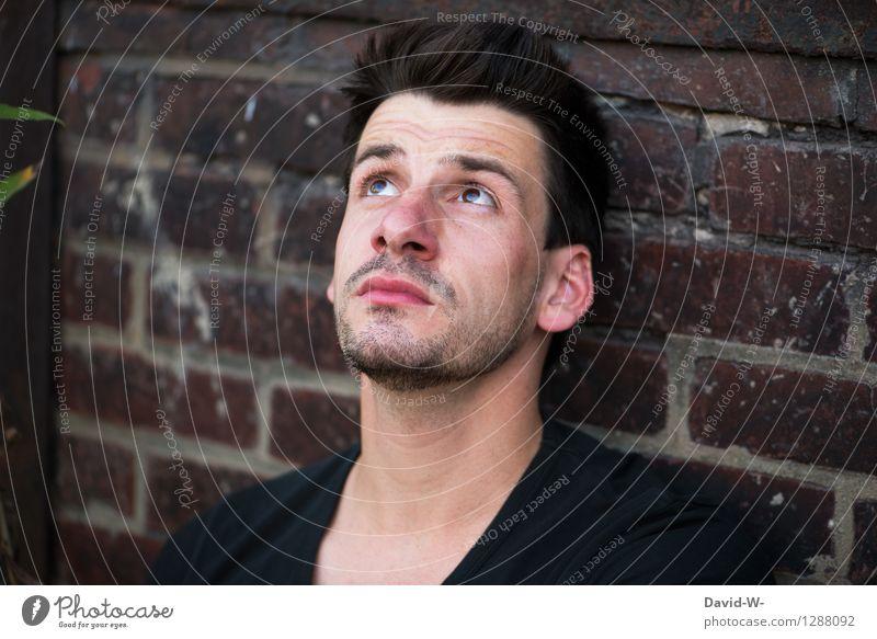 Gott - wo bist du? Mensch Jugendliche Mann Junger Mann ruhig 18-30 Jahre Erwachsene Leben Traurigkeit Religion & Glaube Denken Kopf maskulin Zufriedenheit