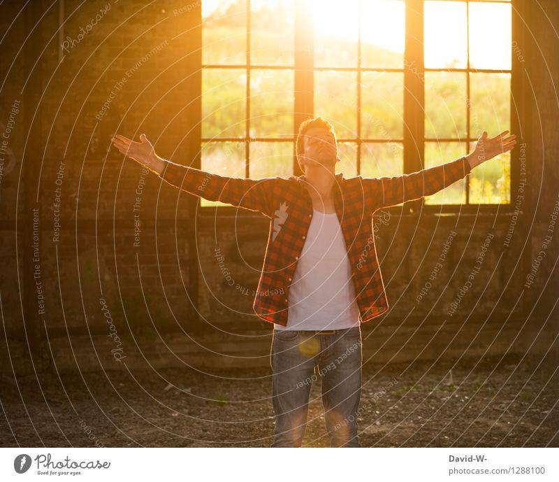 Die schönste Zeit am Tag Mensch Ferien & Urlaub & Reisen Jugendliche Mann Junger Mann Erholung ruhig Erwachsene Wärme Leben Freiheit maskulin Zufriedenheit