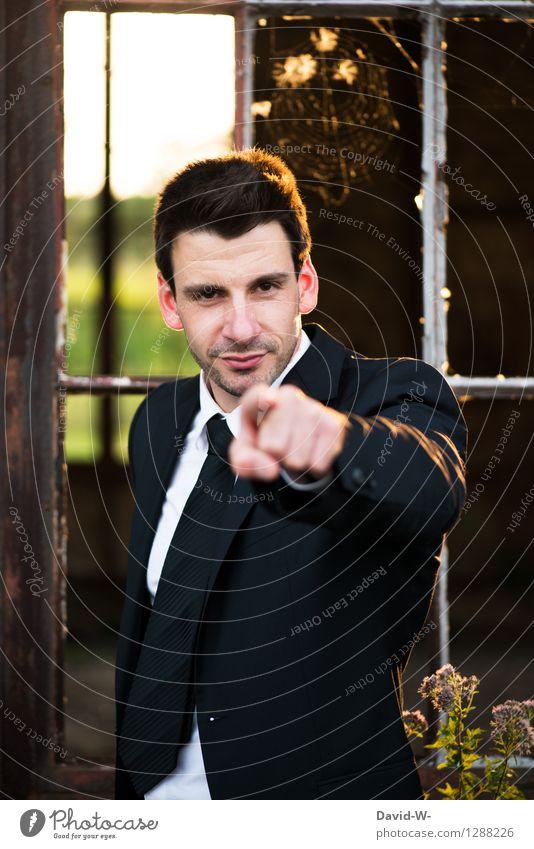 auserwählt Mensch Jugendliche Mann Junger Mann 18-30 Jahre Erwachsene Leben sprechen Lifestyle Business maskulin Kraft Erfolg Finger Beruf entdecken