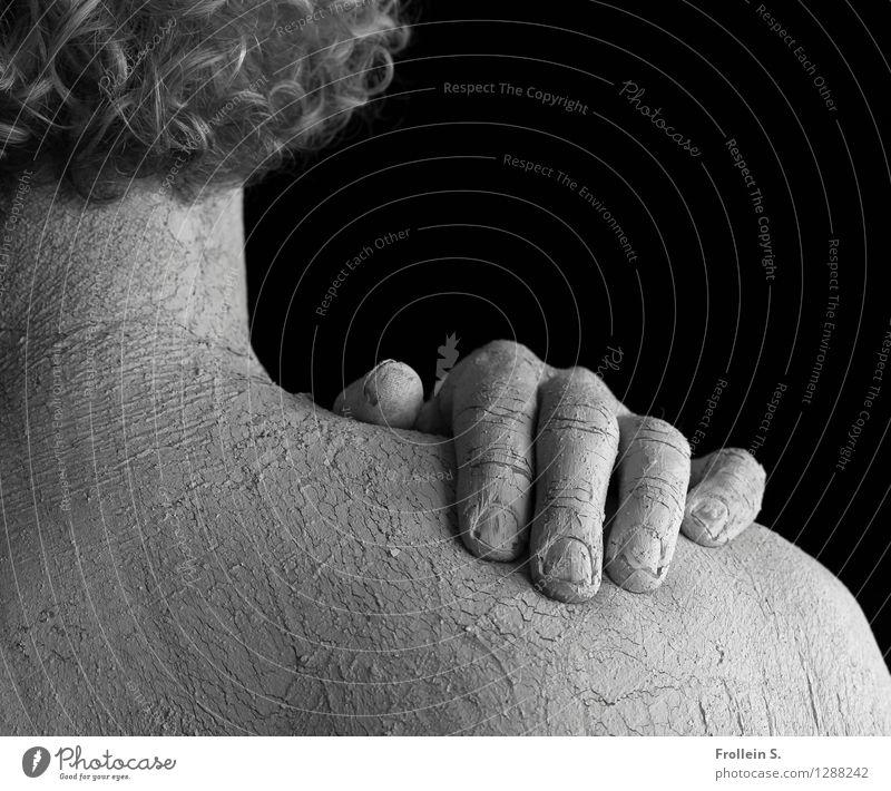 Head and Shoulder Mensch Mann nackt weiß Hand schwarz Erwachsene grau Haare & Frisuren außergewöhnlich Kopf maskulin authentisch ästhetisch 45-60 Jahre Haut