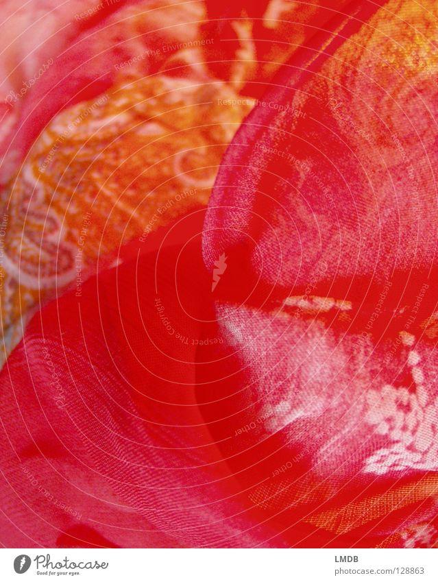 der Stoff aus dem Träume sind rot gelb Muster Textilien gewebt durchsichtig durchscheinend Streifen Wellen Schlaufe weich Naher und Mittlerer Osten zart
