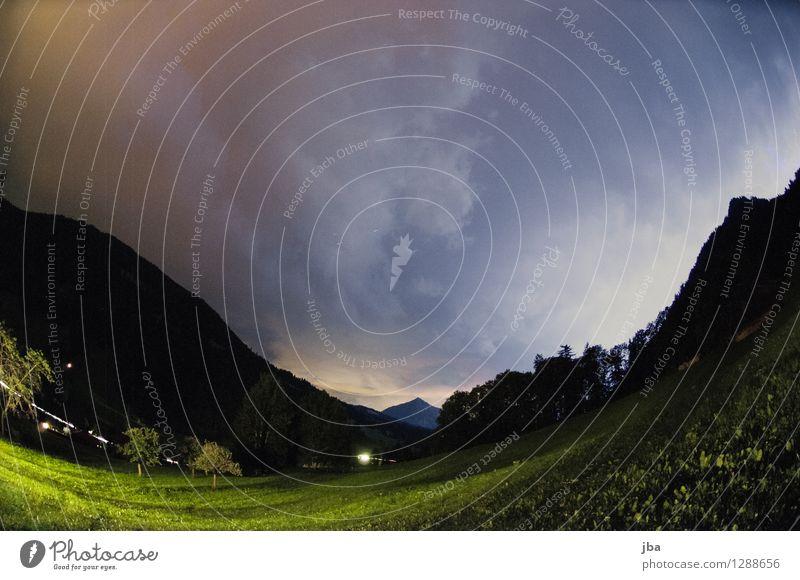 Gewitter über Feutersoey Natur Landschaft Urelemente Himmel Wolken Gewitterwolken Nachthimmel Sommer schlechtes Wetter Unwetter Wind Sturm Blitze Alpen