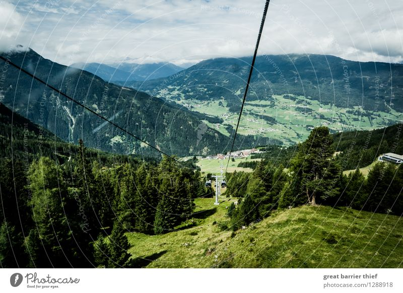 Bergbahn in den Alpen Himmel Natur blau Pflanze grün Sommer Baum Landschaft Wolken Berge u. Gebirge Umwelt gelb Frühling Wiese Glück Wetter
