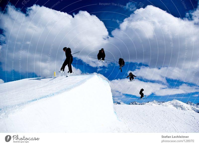 Flight Control I schön Sonne Wolken Freude Winter Berge u. Gebirge Schnee Hintergrundbild Freiheit fliegen springen Freizeit & Hobby groß Show Alpen Risiko