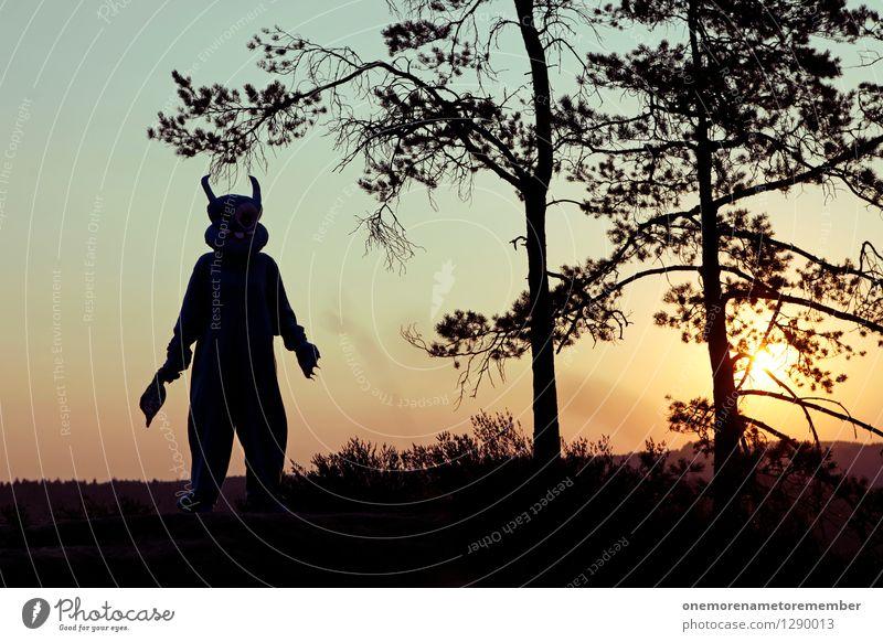 Wir kommen in Frieden. Wald Kunst ästhetisch Kreativität gefährlich fantastisch bedrohlich Gemälde Kostüm Kunstwerk Karnevalskostüm Wildnis Phantasie unheimlich Monster spukhaft