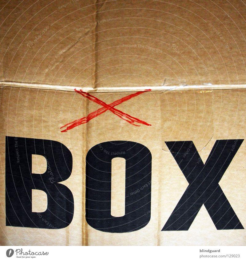 Come Out And Play Spielkonsole Karton Kiste Schachtel Klebeband Paketband Umzugskarton packen einpacken Stress teuer Helfer Papier Japan China Deutschland Nut