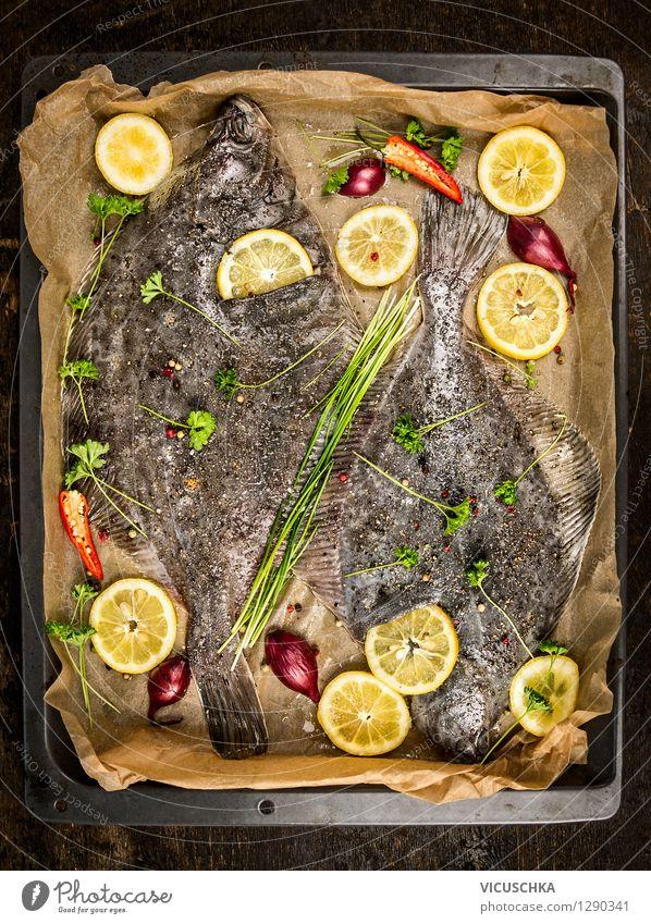 Scholle Fisch mit Zitronenscheiben auf dem Backblech Gesunde Ernährung Leben Speise Stil Foodfotografie Lebensmittel Design Tisch Kochen & Garen & Backen