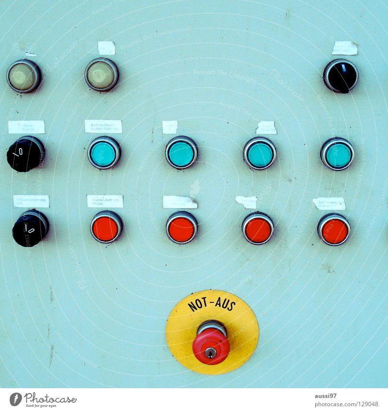 Mittwochsteuerung Sonar Kratzer Regler Regelung Rad Schalter Schaltzentrale Stromkreis Auswahl wählen Trennwand Türöffner drücken Industrie Drehkranz Schnur
