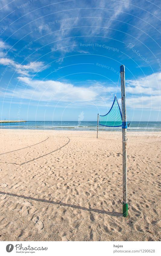 Beach-Volleyball, Feld am Strand der Ostsee Freude schön Erholung Freizeit & Hobby Spielen Ferien & Urlaub & Reisen Sommer Sport Ballsport Sportveranstaltung