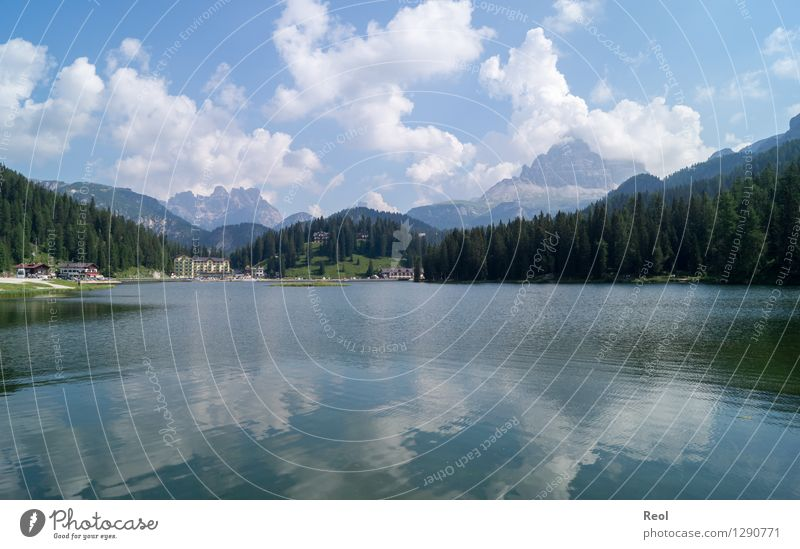 Lago di Misurina Himmel Natur Ferien & Urlaub & Reisen blau Sommer Erholung Landschaft Wolken Ferne Wald Berge u. Gebirge Umwelt See Tourismus Idylle wandern