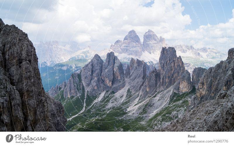 Felsspitzen Himmel Natur Ferien & Urlaub & Reisen blau Sommer Landschaft Wolken Berge u. Gebirge Umwelt grau Stein Felsen Horizont wild Tourismus Ausflug