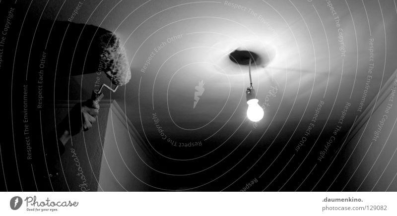 white room Hand weiß Farbe Lampe Arbeit & Erwerbstätigkeit Wand Wärme Raum Beleuchtung Arme Glas Finger Elektrizität Kabel Vergänglichkeit streichen