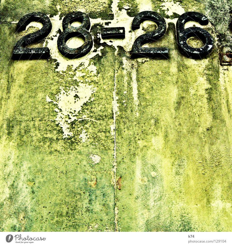28-26 alt Haus Farbe Straße Wand Linie Zusammensein Suche Wandel & Veränderung Ziffern & Zahlen verfallen Putz Zerstörung Renovieren finden Paket