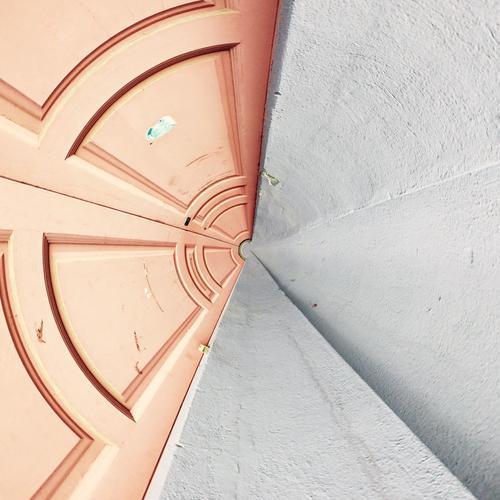 Steinbrenner oder das Tor der Zeit Lifestyle Design Kunst Medien Neue Medien Bauwerk Architektur Mauer Wand Fassade Linie Streifen Netzwerk trendy verrückt