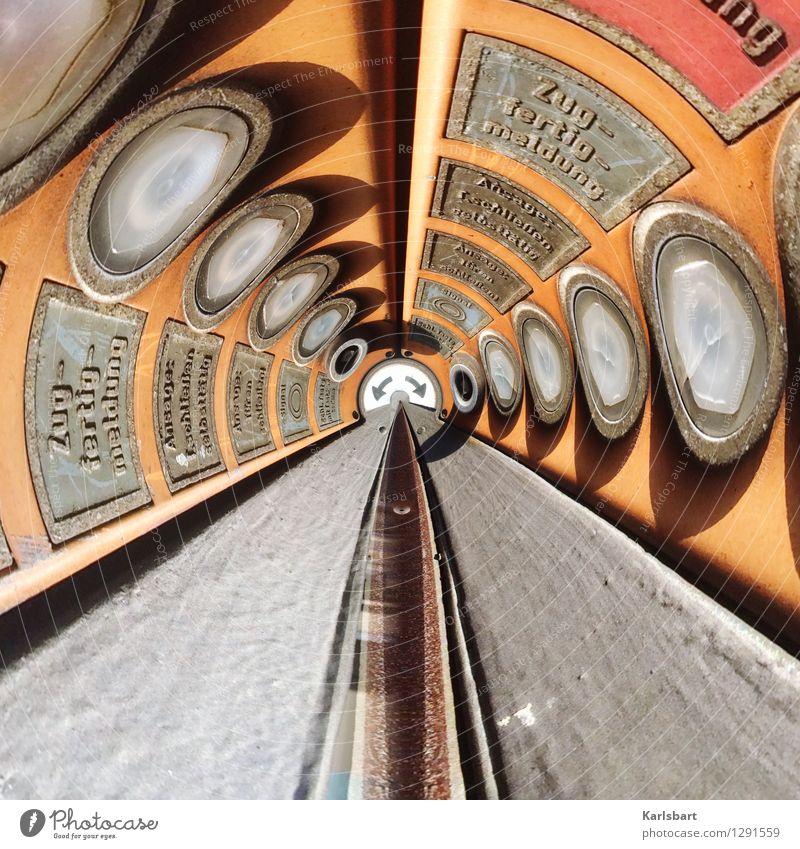 Zugfertigmeldung Stadt Straße Bewegung Wege & Pfade Linie Stadtleben Design Verkehr Schilder & Markierungen Perspektive Technik & Technologie Kreativität