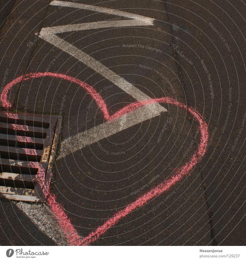 Symbol 1 Freude Straße Liebe Graffiti Gefühle Wege & Pfade rosa Schilder & Markierungen Herz Hoffnung Ziel Gully Abfluss Wandmalereien