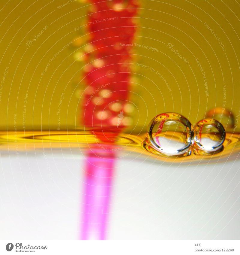 GoldPerls III Farbe gelb rosa 2 glänzend Luft Wellen Glas gold Getränk nass süß niedlich rund Küche trinken