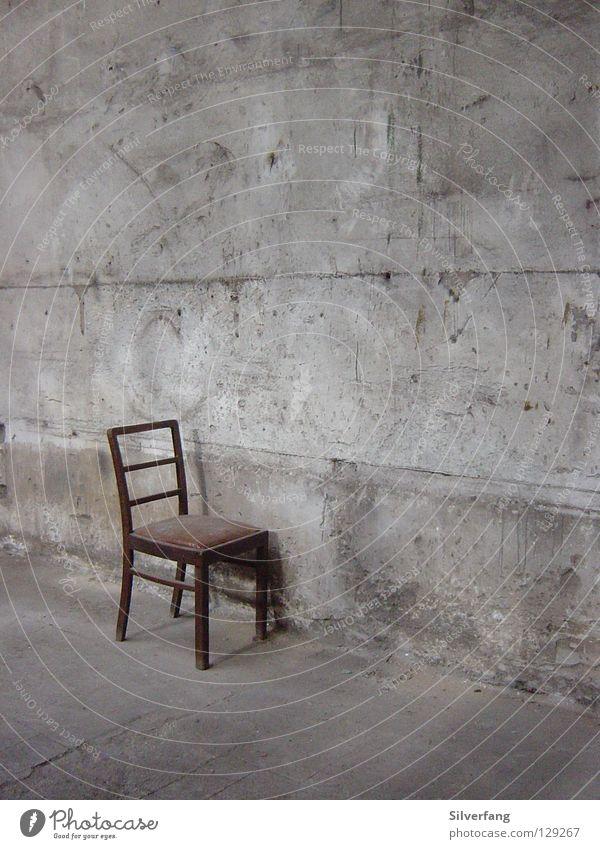 Stuhlgang Beton Wand Kunst Platz Möbel Sitzgelegenheit Industriefotografie