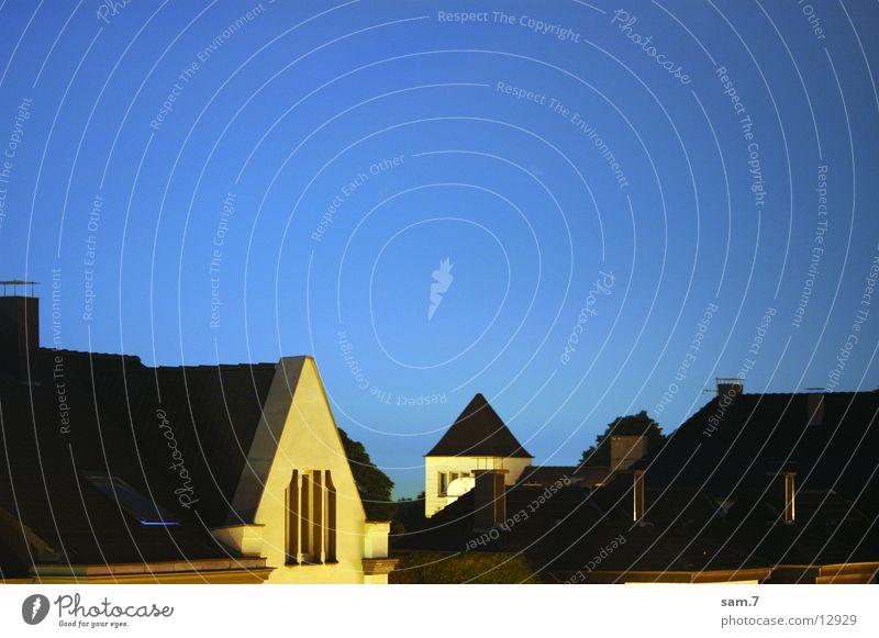 gute Nacht JohnBoy Haus Architektur Blauer Himmel