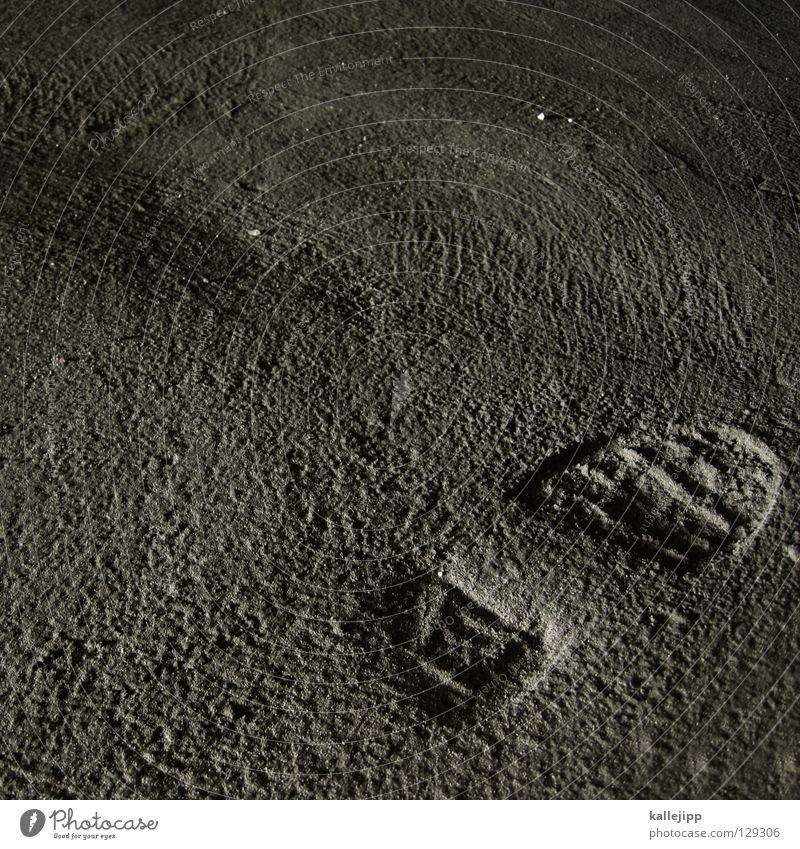 man on the moon Mensch grau gehen Erfolg Beton USA Bodenbelag Spuren entdecken Amerika Mond Raumfahrt Fußspur reich Bauarbeiter Oberfläche