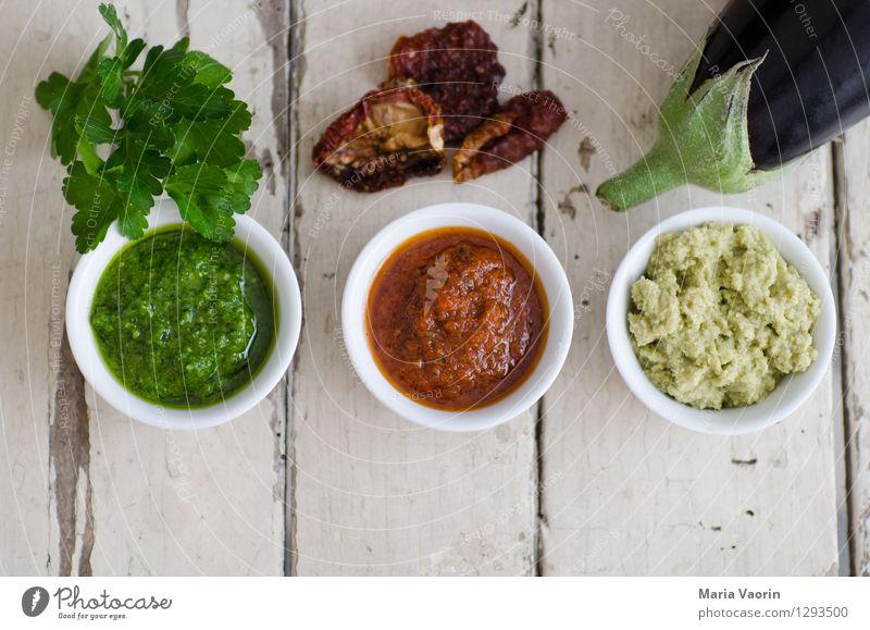 Pestoallerlei 3 Lebensmittel Gemüse Kräuter & Gewürze Ernährung Mittagessen Bioprodukte Vegetarische Ernährung Slowfood Italienische Küche Schalen & Schüsseln