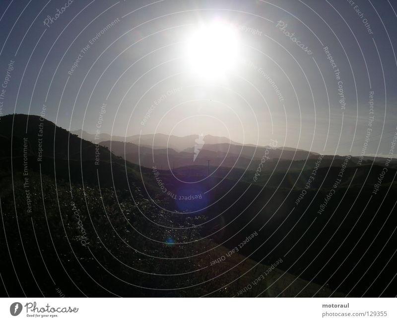 endless hills in the sun Sonne Sommer Ferne Berge u. Gebirge Neuseeland Himmelskörper & Weltall Nordinsel