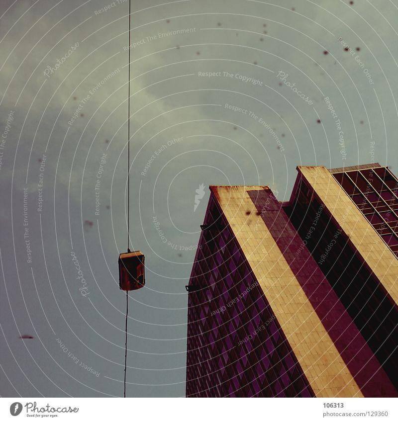 WESTDEUTSCHLAND Haus Lampe Himmel Wolken Stadt Hochhaus Architektur dreckig Bremen Deutschland Industriefotografie Laterne Straßenbeleuchtung Fehler Fälschung