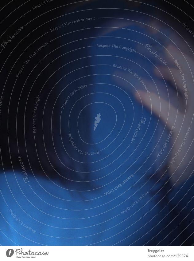 SchizoCase Frau blau schwarz Kunst Krankheit durcheinander Surrealismus verloren falsch Identität Charakter Schizophrenie