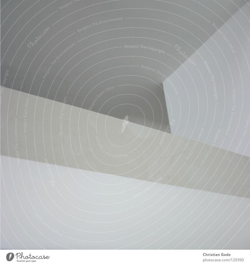 II Wand Ecke Geometrie weiß neutral Mauer grau schwarz dunkel Licht Mischlicht Menschenleer Dinge Wohnzimmer unten diagonal fantastisch Staub dreckig Baustelle