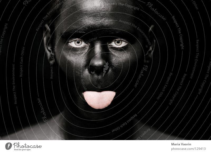 crazy black (1) Frau Freude schwarz Farbe dunkel Traurigkeit dreckig verrückt geheimnisvoll außergewöhnlich Geister u. Gespenster Humor mystisch Zunge Unsinn