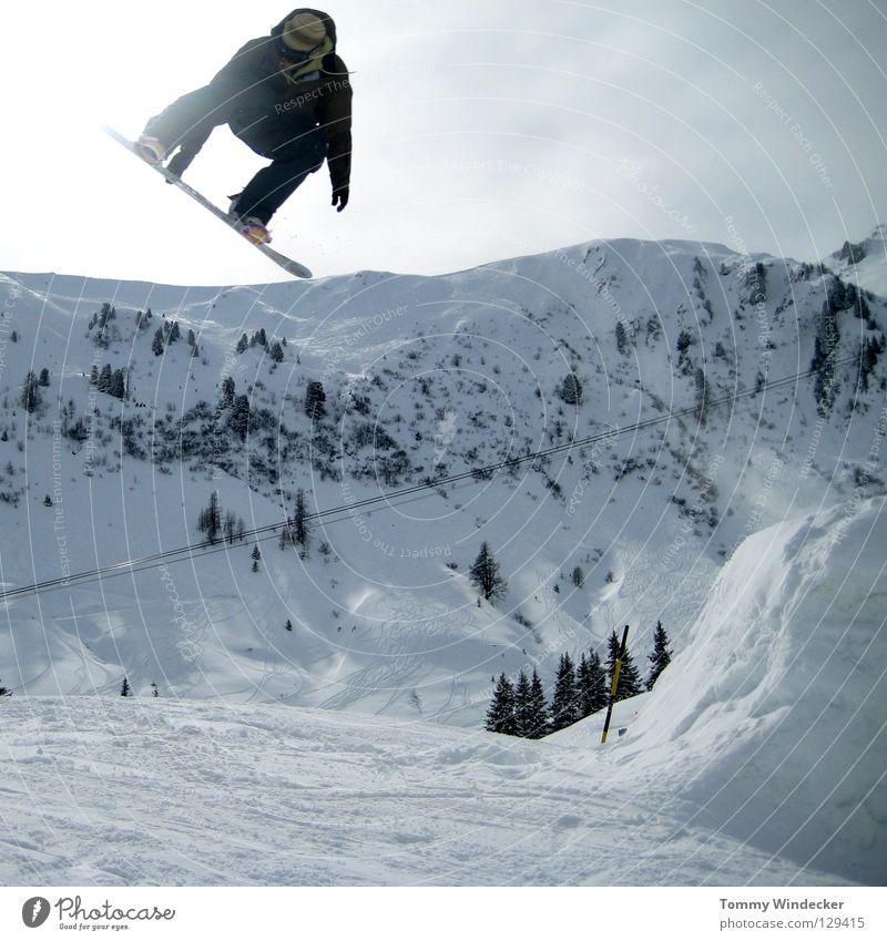 X-Trail Jam Mensch Himmel Natur Ferien & Urlaub & Reisen Mann weiß Landschaft Freude Winter Berge u. Gebirge Schnee Sport springen Freizeit & Hobby Aussicht