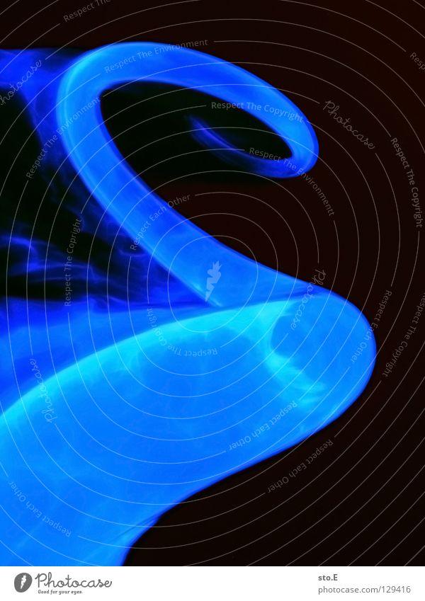 the source of illumination blau schwarz Farbe Lampe dunkel Bewegung hell Beleuchtung glänzend Glas Hintergrundbild Geschwindigkeit Aktion Technik & Technologie