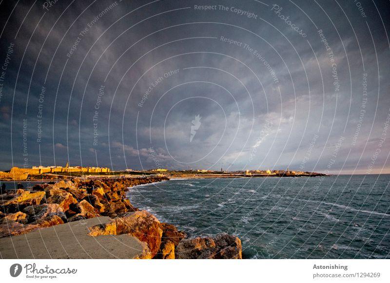 die Kurve nach Rabat II Himmel Natur Stadt blau Sommer Meer Wolken Haus dunkel Reisefotografie Umwelt Wand Küste Mauer Stein Stimmung