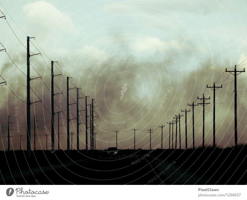 Nebel des Grauens Ferien & Urlaub & Reisen Landschaft Wolken Straße Stil Freiheit Lifestyle Stimmung Design Tourismus PKW Verkehr Geschwindigkeit bedrohlich