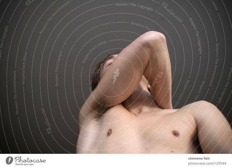 et juckt Mensch nackt Beine Gesundheit Körper Arme Brust kratzen