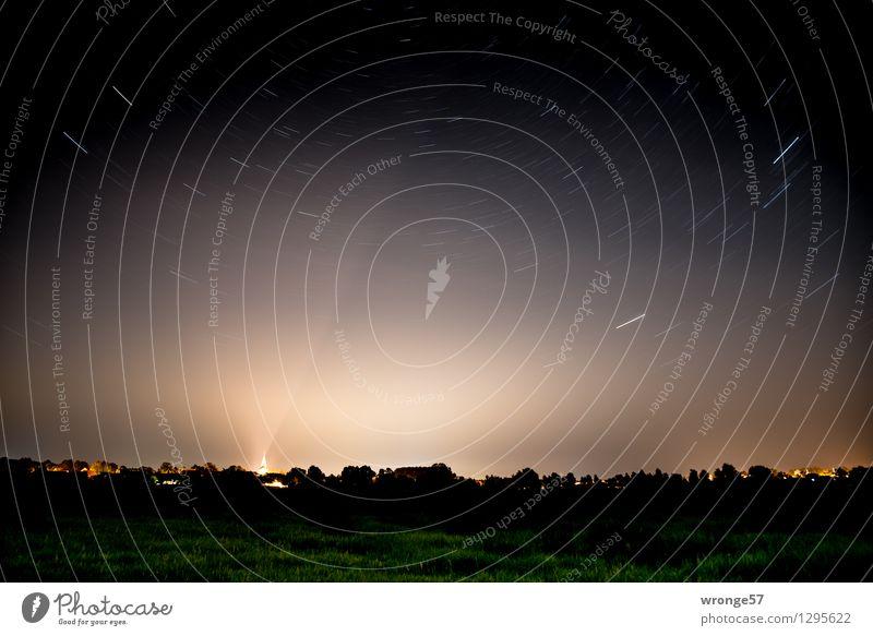 kümmerlich | wir Menschen Himmel Sommer weiß Landschaft Ferne dunkel schwarz Wiese grau Horizont Stern Schönes Wetter Unendlichkeit Weltall