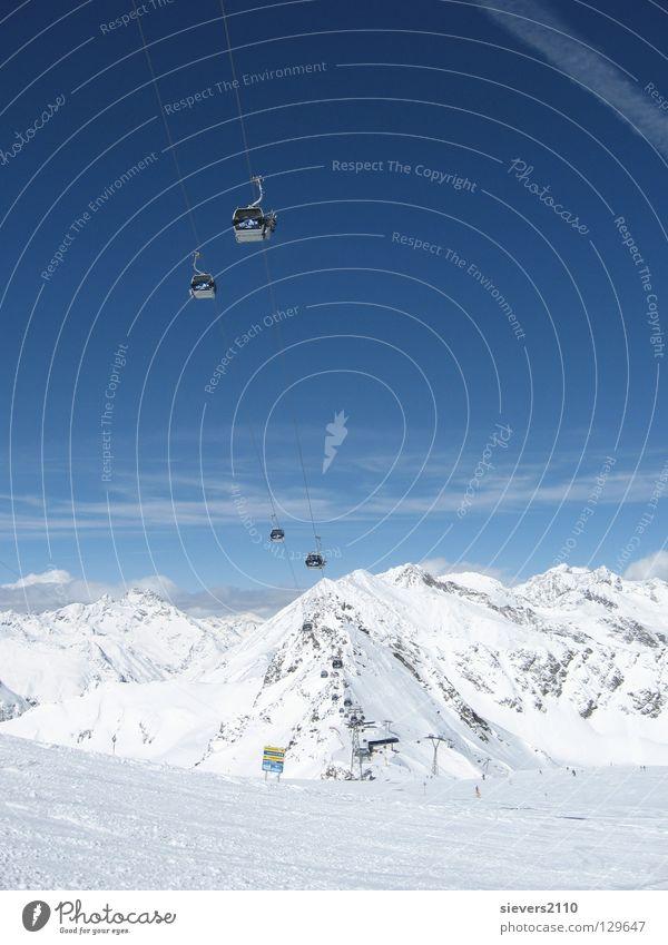Winterurlaub Österreich Ferien & Urlaub & Reisen Sölden Berge u. Gebirge Schnee Alpen Skilift-Sitz Landschaft Panorama (Aussicht) Schneebedeckte Gipfel Skipiste
