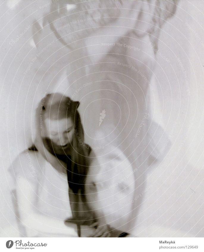 Alice ruhig träumen Kunst klein groß schlafen Kultur Doppelbelichtung Schwäche Verzerrung wach