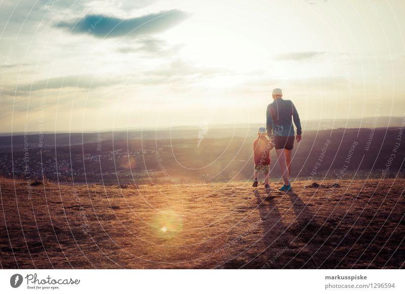 Sonnenuntergang Natur Ferien & Urlaub & Reisen Berge u. Gebirge Umwelt Glück außergewöhnlich Zufriedenheit Freizeit & Hobby Tourismus wandern Perspektive Aussicht genießen Ausflug Lebensfreude Abenteuer