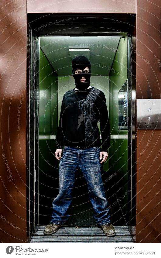 Welcome BLACKHEAD II Mann grün schwarz Haus Farbe Gebäude Mund Schuhe braun lustig Coolness gefährlich Jeanshose fahren stehen bedrohlich