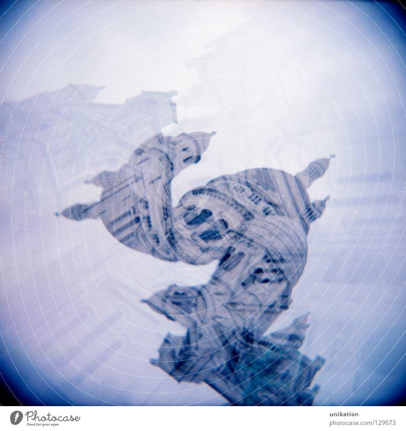 Voila: deux Sacré-Cœur Ferien & Urlaub & Reisen Tourismus Ausflug Städtereise Spiegel Nebel Hauptstadt Traumhaus Kirche Dom Sehenswürdigkeit Denkmal dunkel