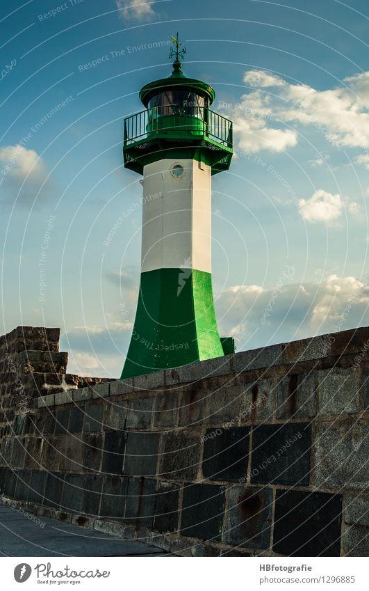 Leuchtturm Ferien & Urlaub & Reisen grau Verkehr Sicherheit Hafen entdecken Schifffahrt Rügen Leuchtturm Rettung Mole Jachthafen Sassnitz