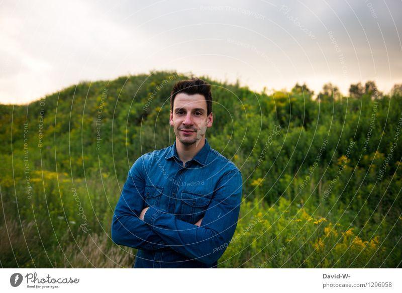 neulich abend Mensch Jugendliche Mann blau schön Junger Mann Freude 18-30 Jahre Erwachsene Leben Glück maskulin Zufriedenheit Freizeit & Hobby Fröhlichkeit